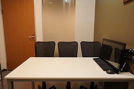 完全個室の相談室を完備